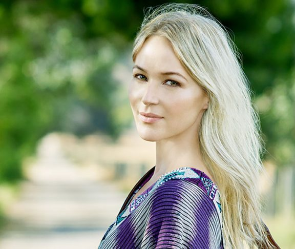 Jewel-is-Using-Her-Platform-to-Promote-Mindfulness