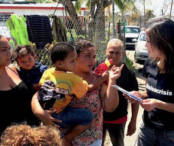 Bethenny-Frankel-Helps-Disaster-Victims-relief-Puerto-Rico