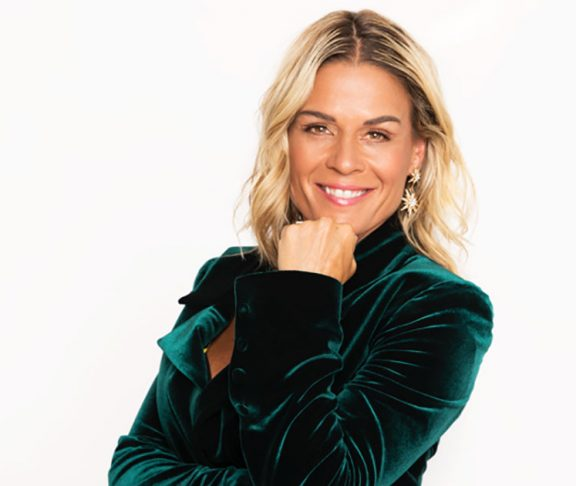 """""""Iron Chef"""" Cat Cora Recommends Foods For Families On The"""