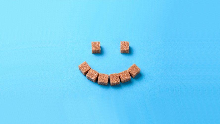 uśmiech z kostek cukru