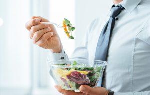 2-zdrowa-zbilansowana-dieta-mezczyzny