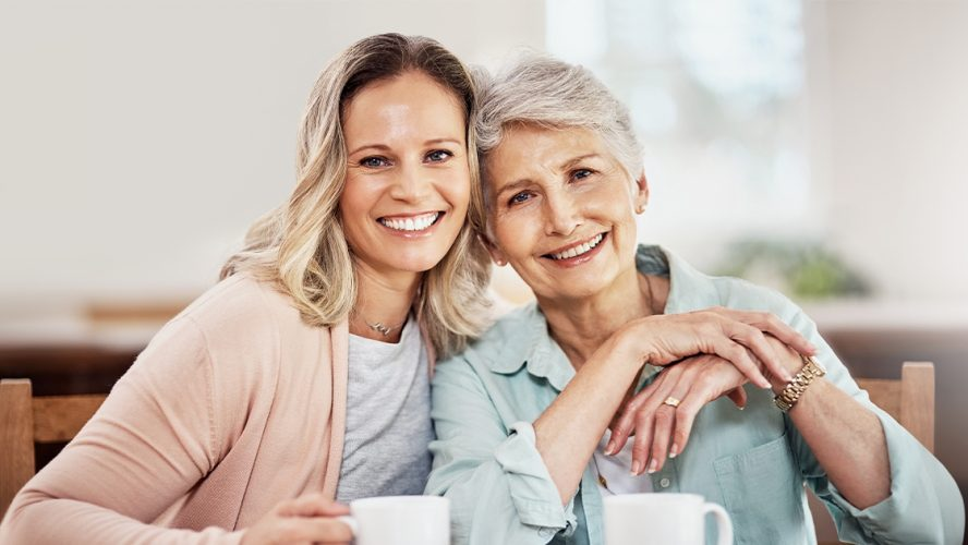 Prostowanie-i-wybielanie-zębów-u-seniorów-WP