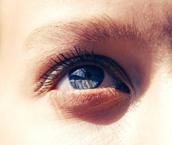 Sprawdź jak odpowiednio dobrać soczewki
