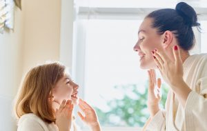 Kompleksowa-kuracja-hipoalergiczna-dla-wrażliwej-skóry