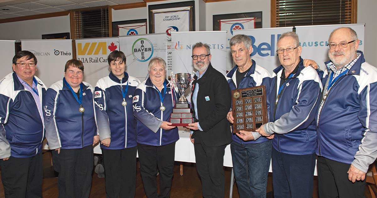 Team Nova Scotia receiving the 2019 Championship trophy