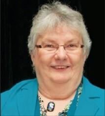 Louise Gillis Headshot
