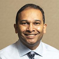 Dr. Vasant Ramlaggan, DDS, HBSc Dentist, Midtown Dental