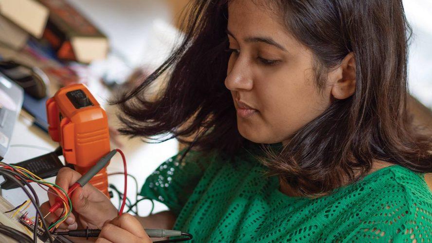 Rashmi Prakash working on electronics