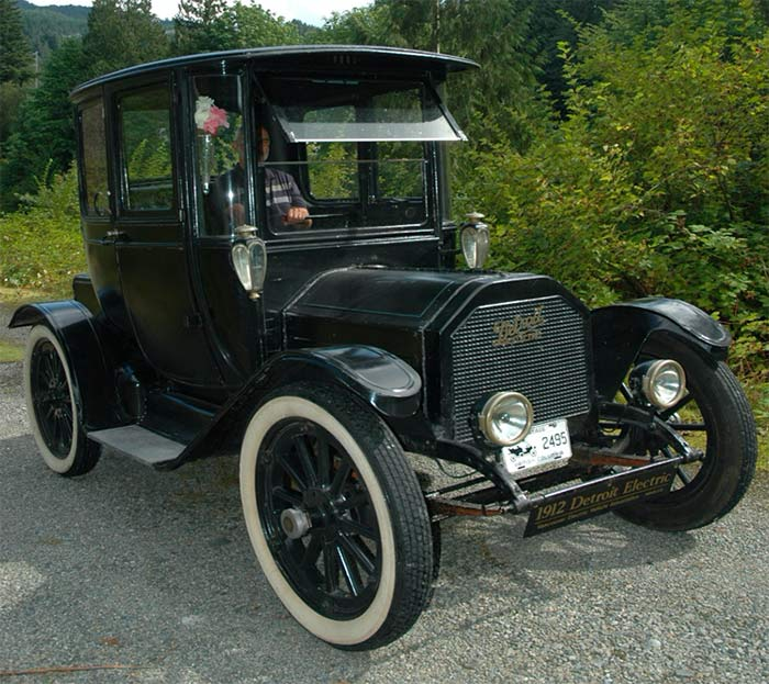 John Stonier in a 1912 Detroit Electric car