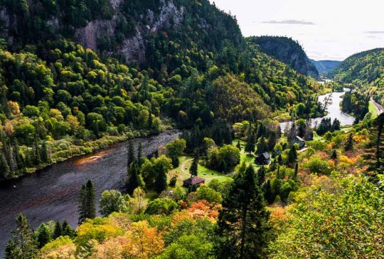 River flowing through the Agawa Canyon