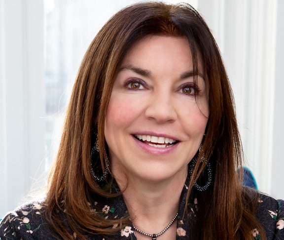 Cathy Miner