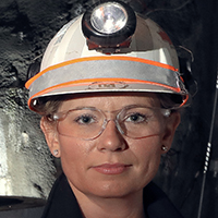 Stella Holloway General Manager, MacLean Engineering