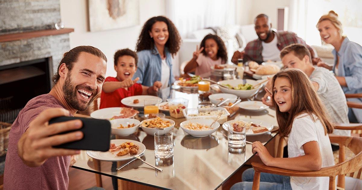 family dinner selfie