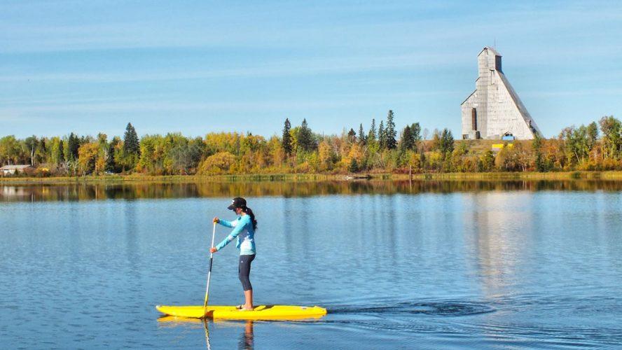 woman paddle board