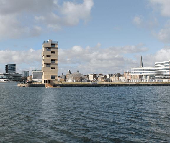 Tower of Wood fra vandet