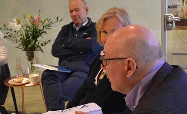 Miljöbild från runda bordet-samtal. Foto: Filip Tu