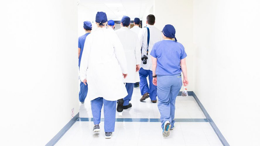 sjuksköterskor lämnar yrket