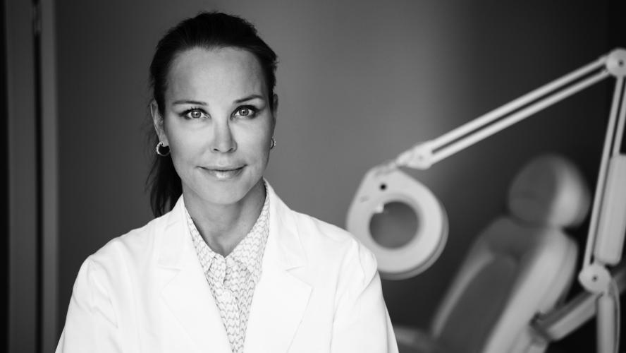 Riikka Veltheim, Plastic Surgeon, MD, PhD. Foto: Kate Gabor
