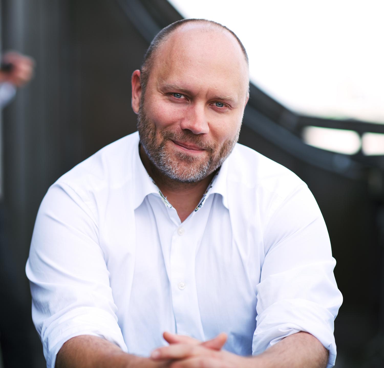Tobias Perdahl Medicinsk chef  Platform24