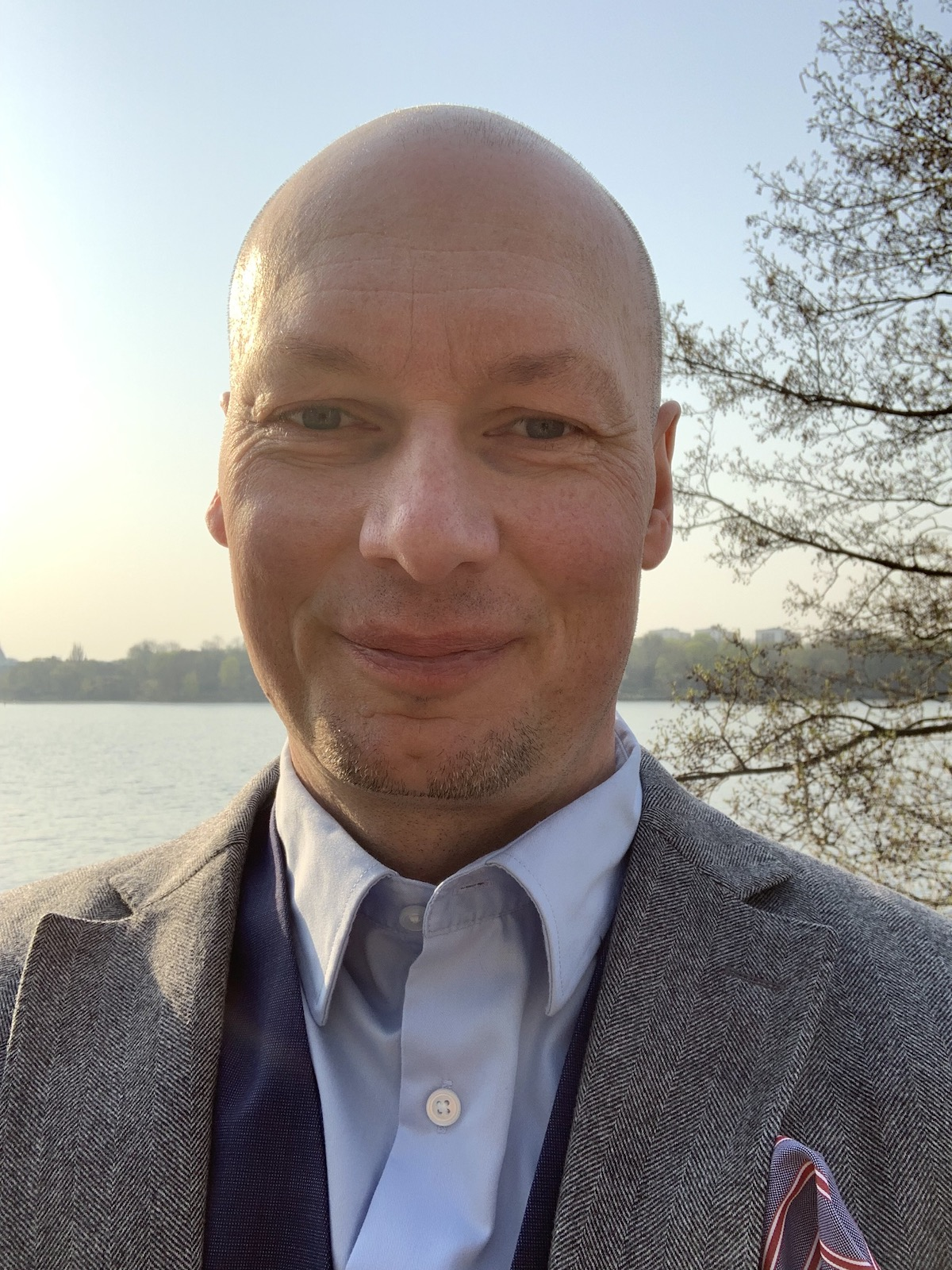 Marcus Schmitt-Egenolf Överläkare och  professor i  dermatologi vid Umeå universitet