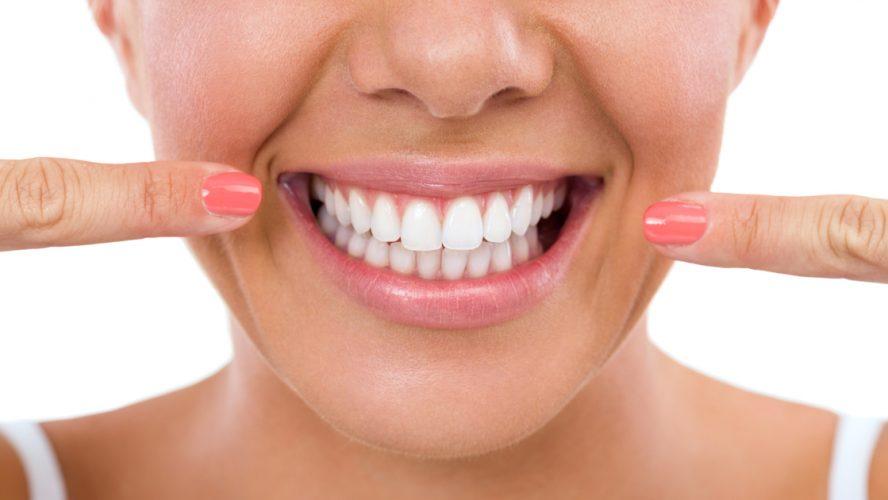 Finden Sie den richtigen Zahn-Implantologen