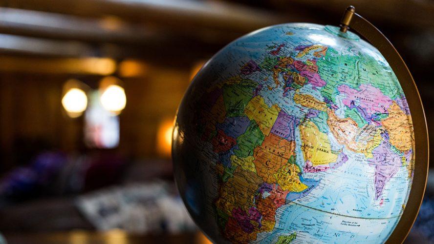 Udsnit af gammel globus