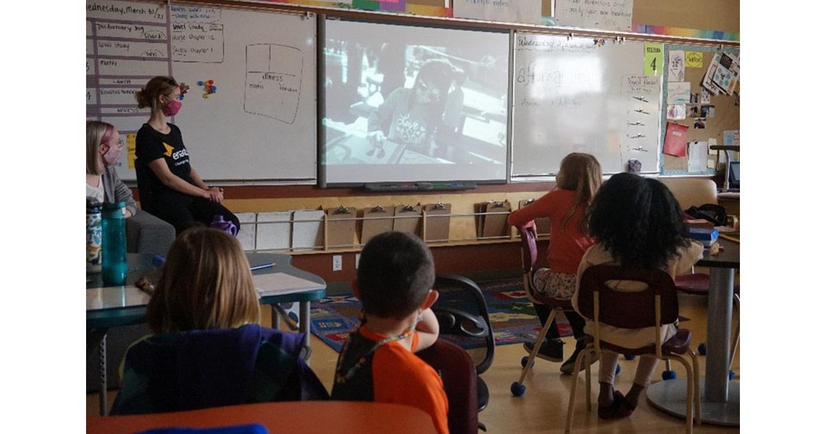 enactus classroom students