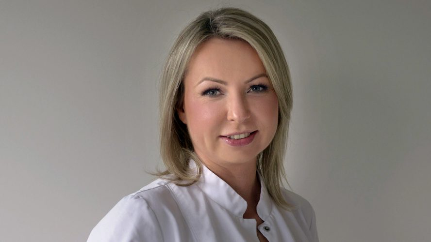 Dr Danuta Nowicka