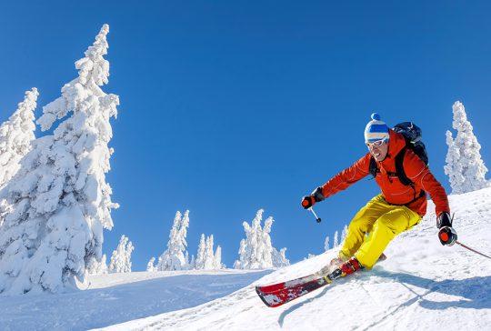 Jazda na nartach – podstawą jest rozwaga