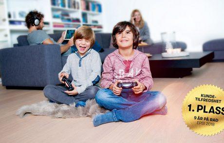 Gutter spiller tv-spill