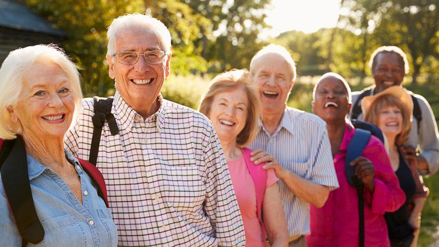 ældre mennesker på højskoleophold