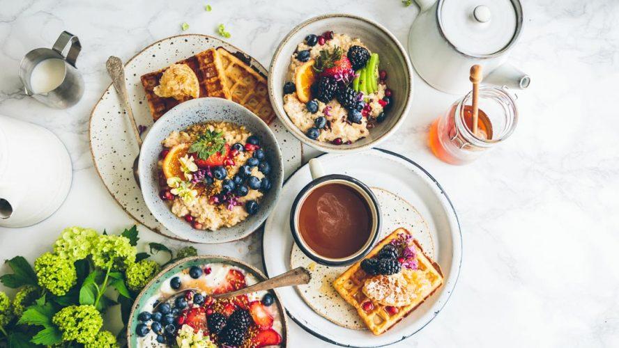 breakfast charity helping