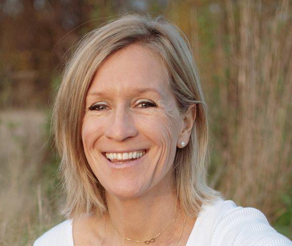 Hella Van Laer, diëtiste, voedingswetenschapper en auteur.