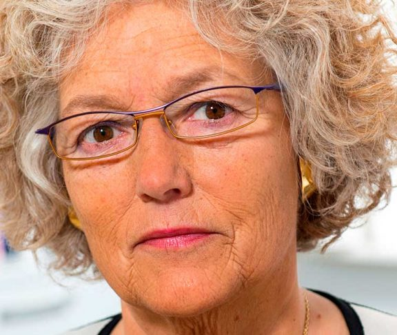 Vibeke Backer, læge