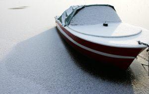 veneen-talvisailytys