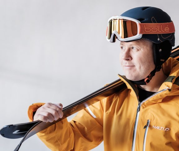 harri-lindfors-hiihtokeskus-laskettelu