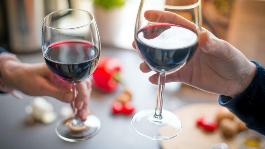 viinivalinta-juhliin-juhlien-tarjoilut