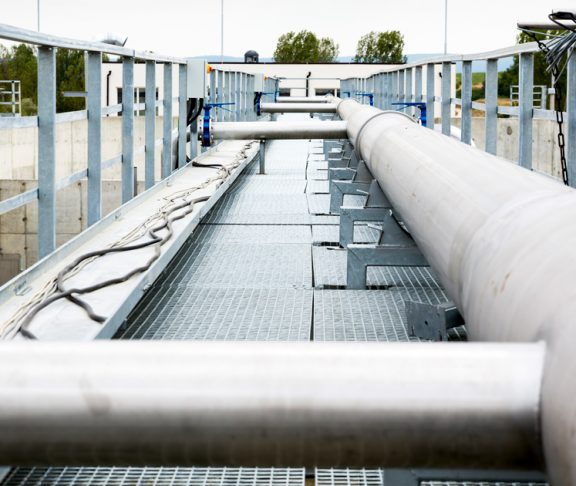 typen-poistaminen-vedesta-vedenpuhdistus