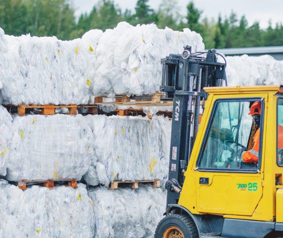 muovipakkausten-kierratys-suomen-uusiomuovi