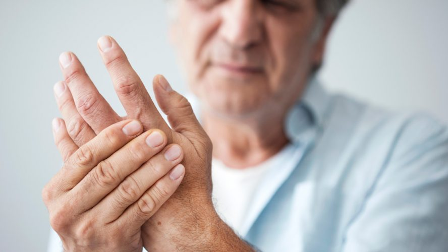 nivelrikko-sormissa-polvissa-nivelissä-sattuu