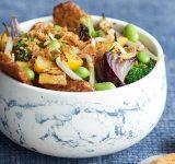 Vegi wok met groenten en tempeh